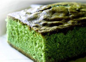 zielone-ciasto-marihuana-trawa