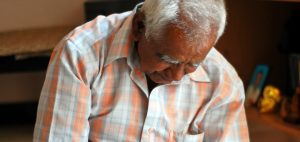 mmarihuana-dla-starszych-ludzi-starsi-ludzie-stosuja-marihuane-pomaga