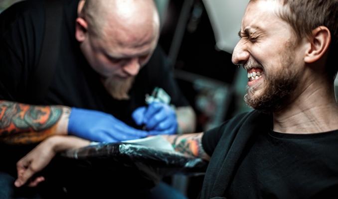 Stosowanie CBD podczas tatuowania ciała, CBDLeczy.pl